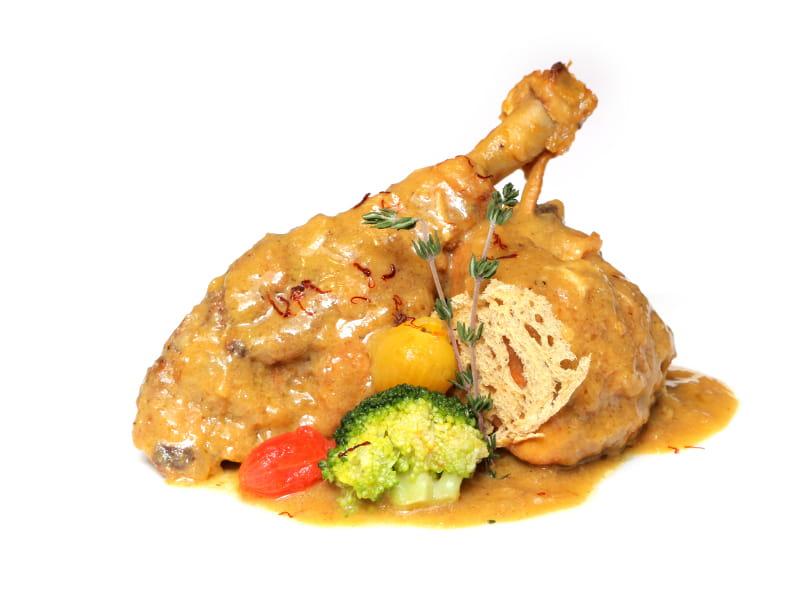 02-UROLA_pollo-de-corral-con-pepitoria-de-boletus