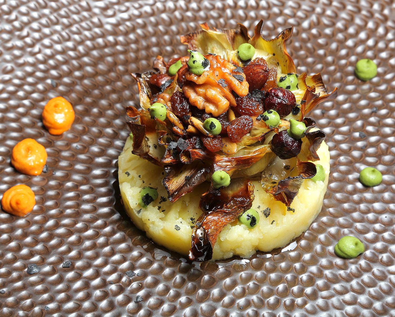 50-LOS-XARMIENTOS_alcachofas-con-frutos-secos