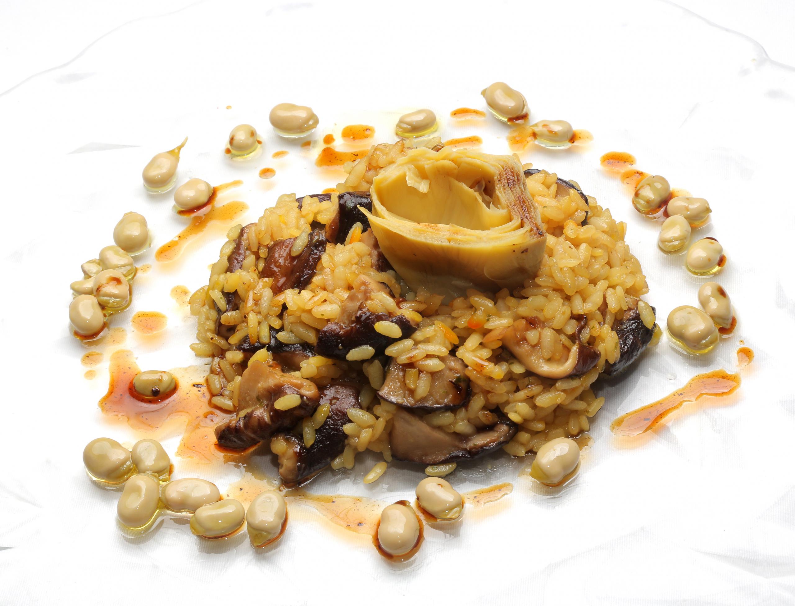 01-LA-SCALA_arroz-cremoso-de-setas-y-corazon-alcachofas-scaled