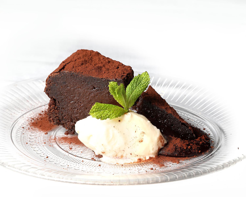06-la-parrilla-de-albarracin_tarta-de-chocolate